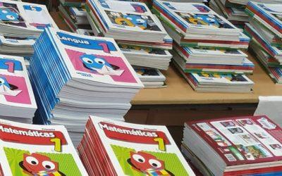 ¡Aquí tienes tus libros! Programa ACCEDE